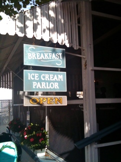 Royal Treat rehoboth beach ice cream parlor